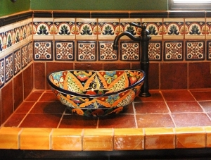 beautiful-bathroom-decor-mexican-tiles-colorful-vessel-sink