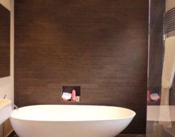 Коричневая ванная комната: атмосфера уюта