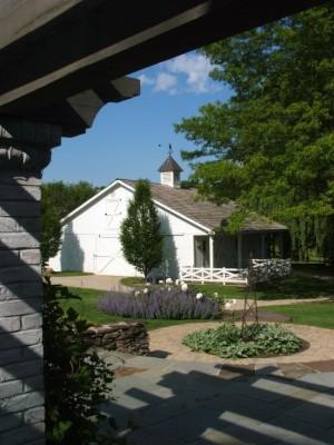 farmhouse-landscape (1)