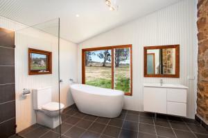 industrial-bathroom (1)