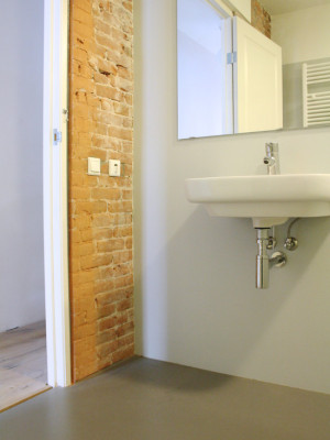 industrial-bathroom (3)