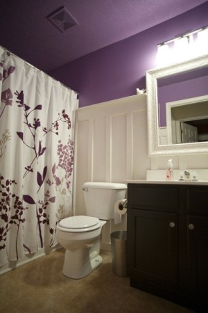 purple-bathroom-design-ideas-16