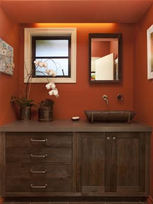 rustic-bathroom