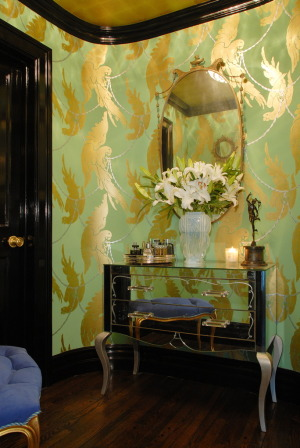 using-gold-in-interior-decorating-27