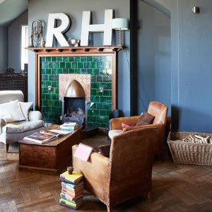 Green-Tiled-Fire-Surround-Living-Room-Country-Homes-and-Interiors-Housetohome