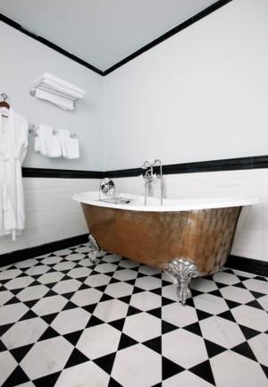 black-and-white-bathroom-design-ideas-38