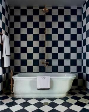 olatz-schnabel-black-white-tile-bath-remodelista