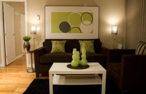 Green-accents-appear-far-more-appealing-with-the-right-lighting
