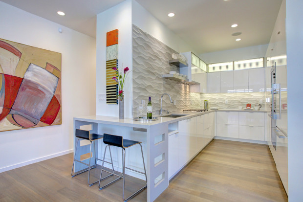 декор стен на кухне