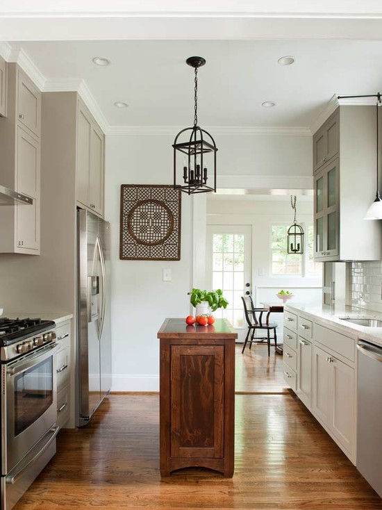 52 for Traditional home kitchens 2015