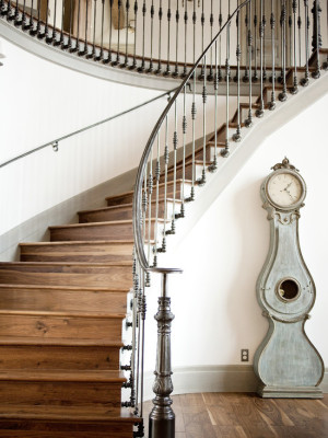 traditional-staircase (2)