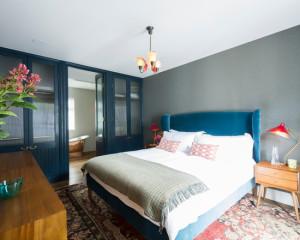 transitional-bedroom (10)