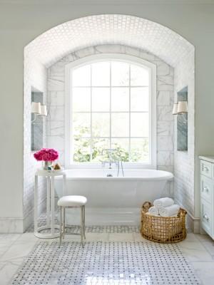 CI-mark-williams-marble-bathroom-bath-tub_s3x4.jpg.rend.hgtvcom.1280.1707