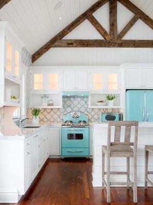 beach-style-kitchen (1)