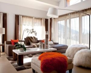 contemporary-family-room