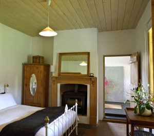 farmhouse-bedroom (1)