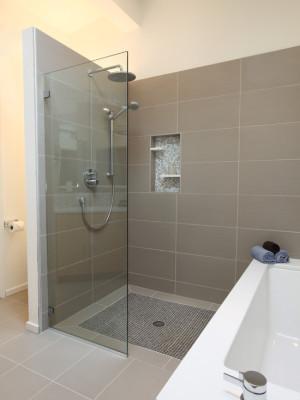 midcentury-bathroom
