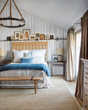 raising-the-barn-bedroom-0615_1