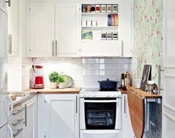 Уютная кухня в хрущевке