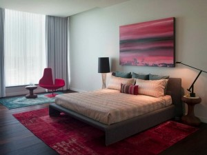 ideas-for-modern-bedroom-design-raspberry-color-painting-wall-decoration