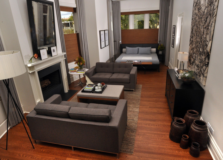 Дизайн однокомнатной квартиры с двумя диванами