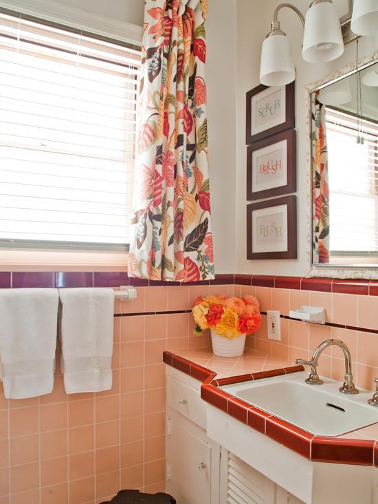 Комбинирование плитки в ванной