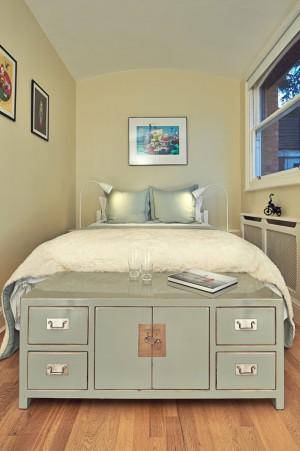 industrial-bedroom
