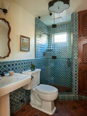 mediterranean-bathroom (1)