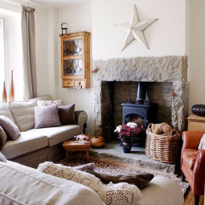Textural-country-living-room-Country-Country-Homes-Interiors