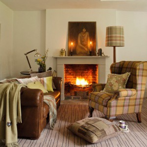 country-cottage-decor-country-homes-Interiors-living-room