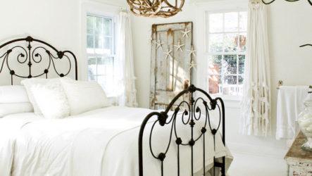 Кованая кровать в современных интерьерах