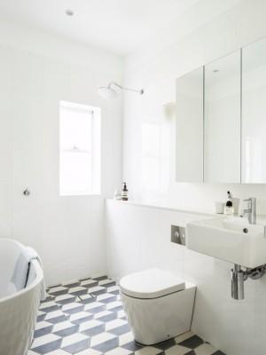 092158aa0480eea9_6184-w550-h734-b0-p0--beach-style-bathroom