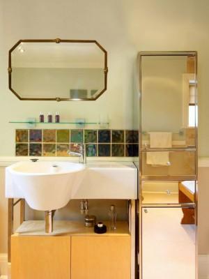 1ba124920b4dd013_3825-w550-h734-b0-p0--eclectic-bathroom