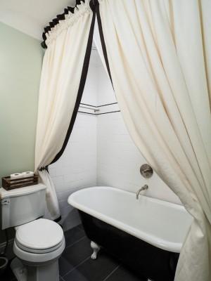 953173f4018a8dcd_3933-w550-h734-b0-p0--craftsman-bathroom