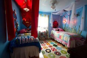AD-Shared-Bedroom-Boy-Girl-7