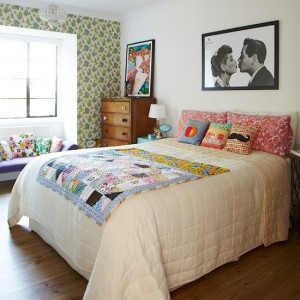 Colourful-accessories--bold-and-beautiful-bedroom--PHOTOGALLERY--Style-at-Home--Housetohome