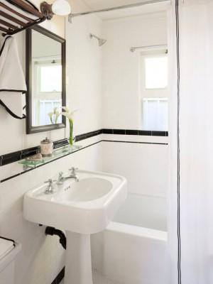 efa1582c035022d9_3219-w550-h734-b0-p0--victorian-bathroom