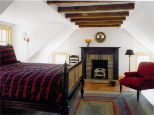 traditional-bedroom