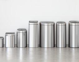 Незаменимый помощник: как правильно выбрать мусорный бак?