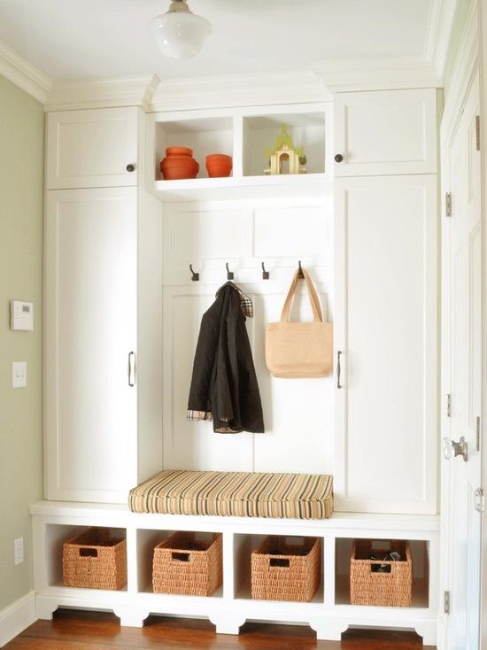 мебель в интерьере прихожей