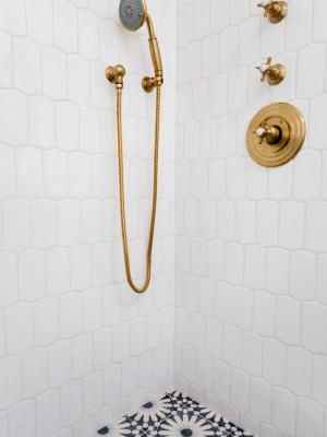 0871c7d105838fc9_6590-w550-h734-b0-p0--beach-style-bathroom