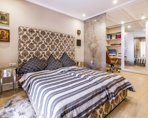 0a21c8e1059288a1_0380-w550-h440-b0-p0--transitional-bedroom (1)