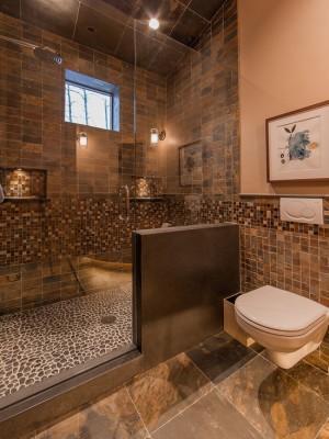 45a1363d02aa3f32_8111-w550-h734-b0-p0--rustic-bathroom