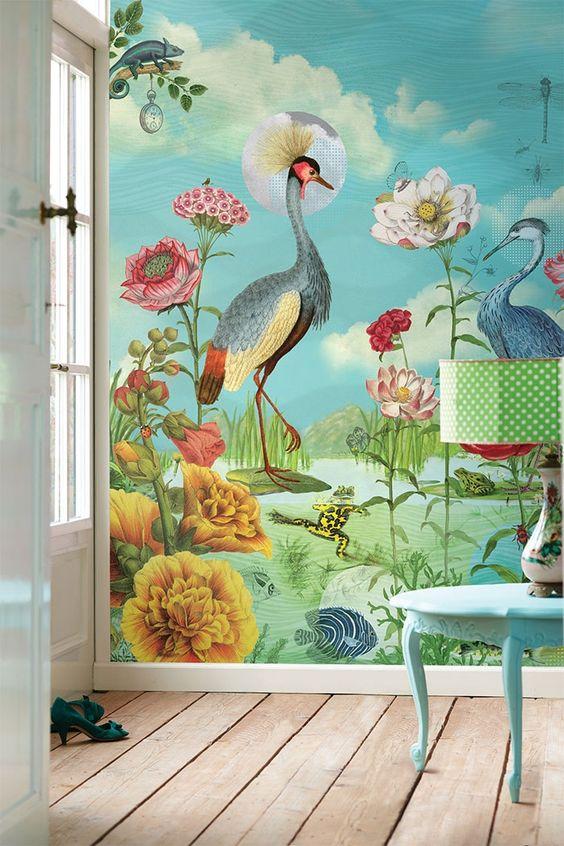 Современные обои на стене с изображением