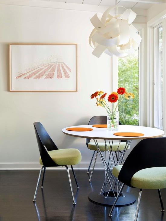 Дизайнерская люстра в оформление столовой