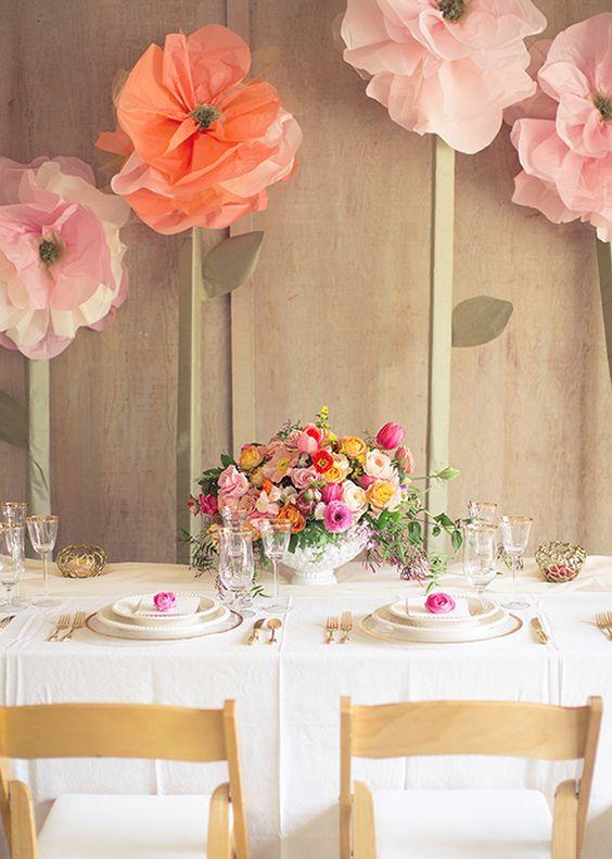 Цветы для оформления стен
