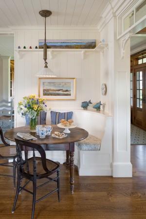 beach-style-dining-room2