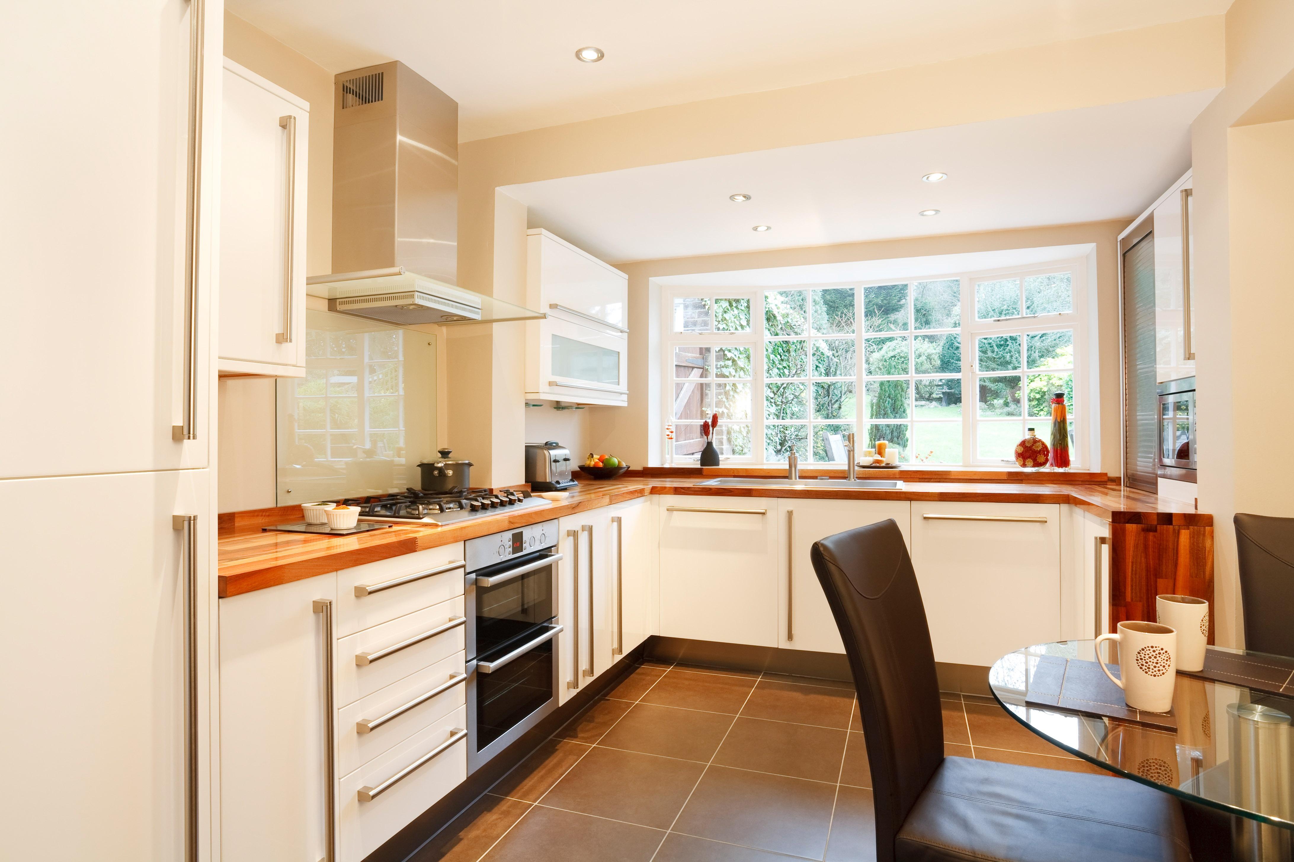 Кухня прямоугольная маленькая дизайн