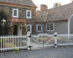 01d19e70028cfebc_1449-w550-h440-b0-p0--farmhouse-exterior