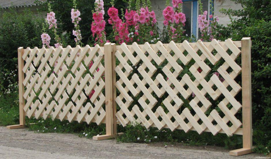 Декоративный забор на даче фото